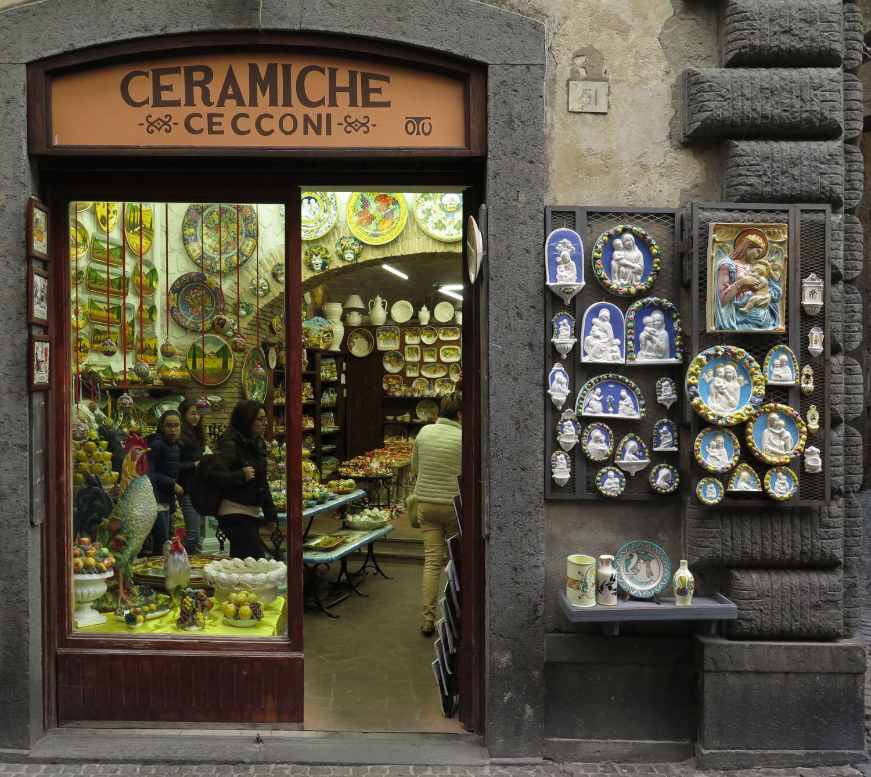 Italy-Orvieto-Street-Scenes-Ceramics