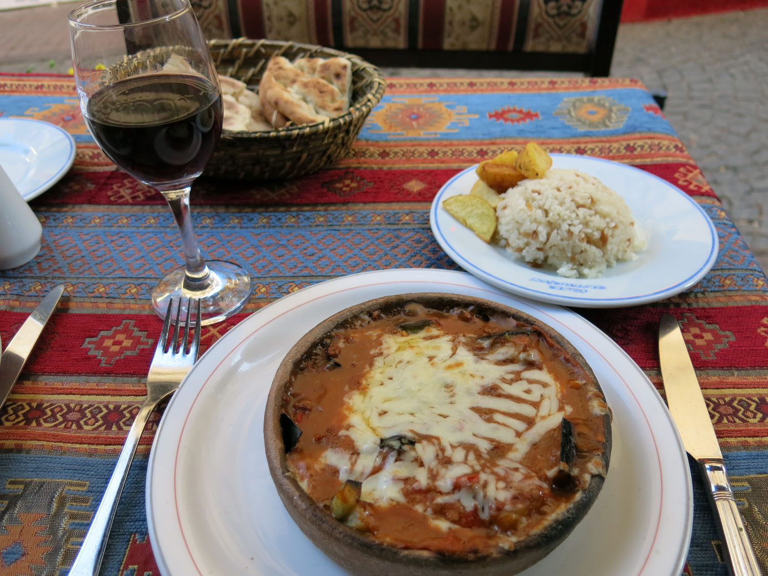 Turkey-Istanbul-Food-And-Drink-Moussaka