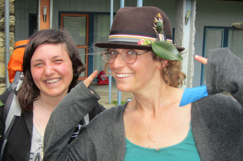 Camino-De-Santiago-People-Lady-Found-Glasses