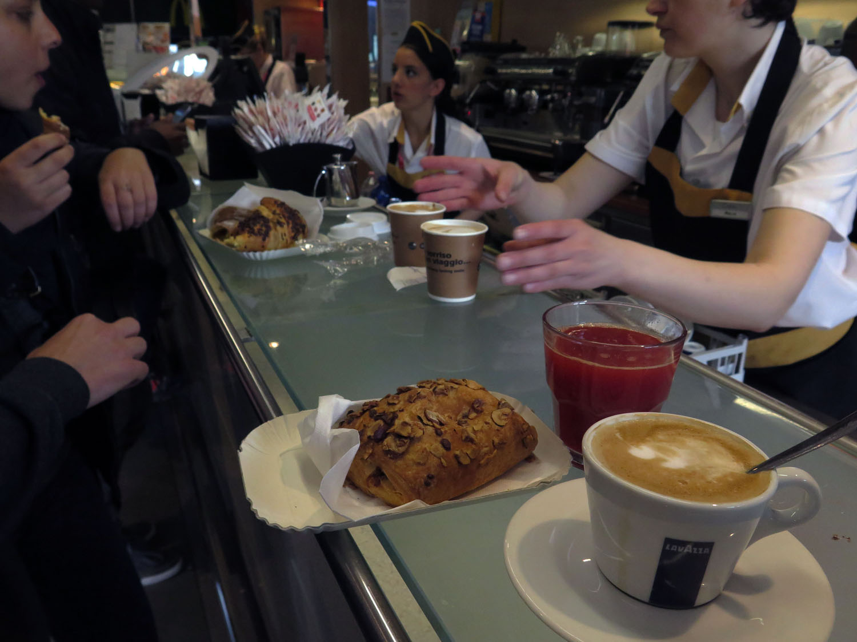 Italy-Cinque-Terre-Food-And-Drink-Cappuccino