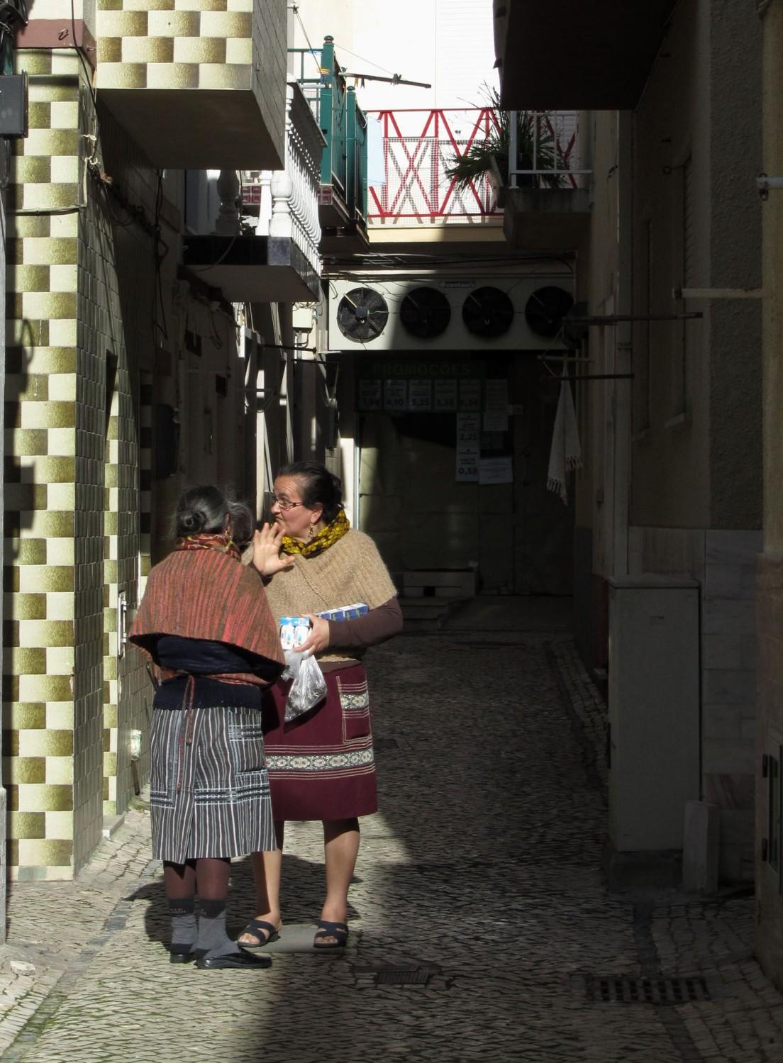 Portugal-Nazare-Ladies