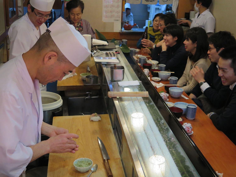 Japan-Tokyo-Tsukiji-Fish-Market-Sushi