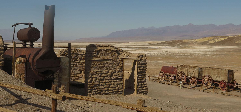 Death-Valley-Harmony-Borax-Works