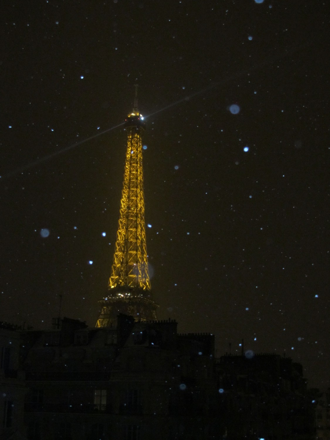 France-Paris-Eiffel-Tower-Night