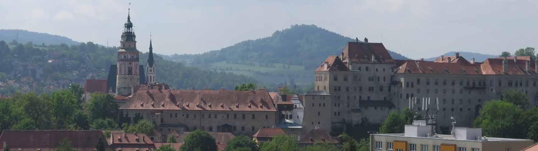 czech-republic-czesky-krumlov-skyline