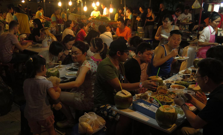 Thailand-Phuket-Street-Scenes-Food