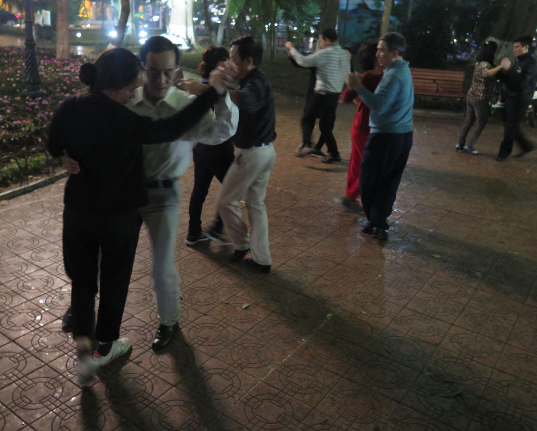 Vietnam-Hanoi-Street-Scenes-Dancing