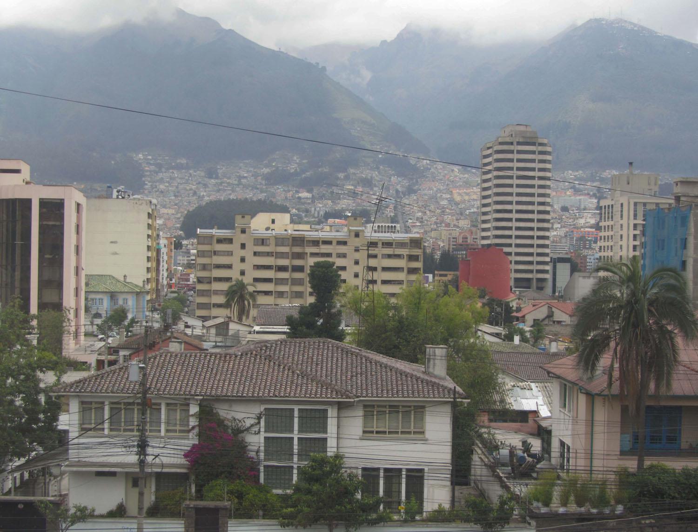Ecuador-Quito-Skyline