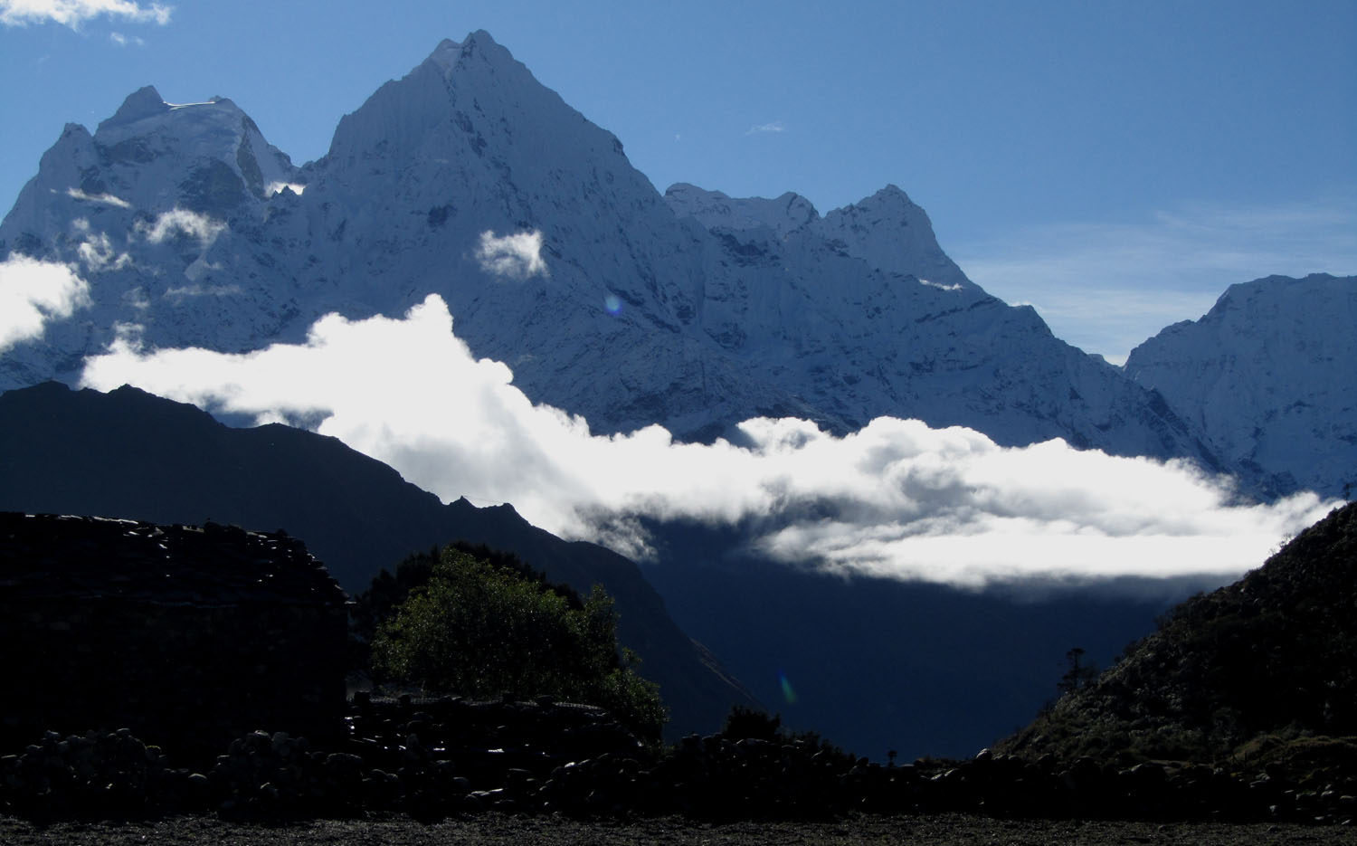 Nepal-Everest-Region-Trek-Day-07-Thame-Morning