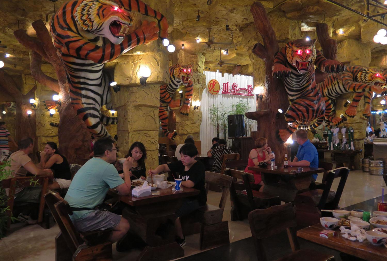 Thailand-Phuket-Street-Scenes-Tiger-Club