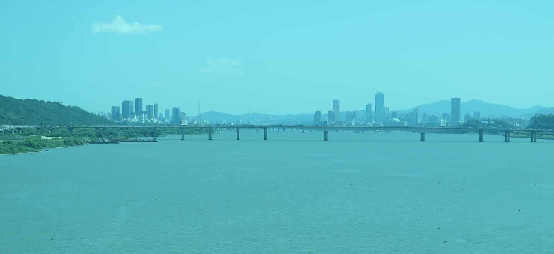 Korea-Seoul-River-And-Skyline