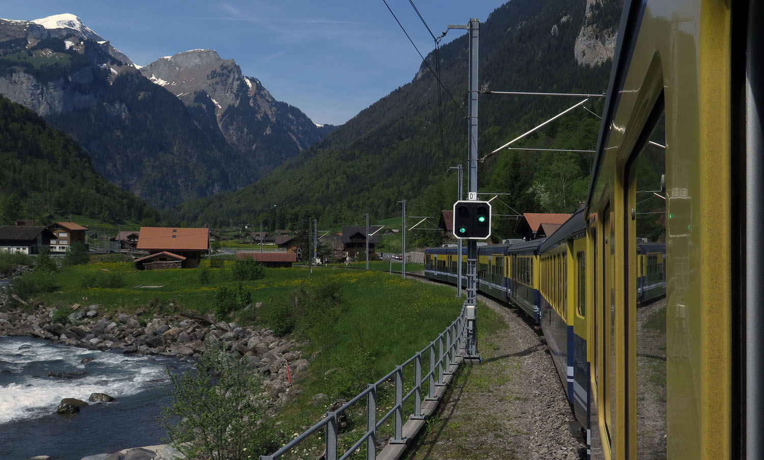 Switzerland-Bernese-Oberland-Train-Lauterbrunnen-To-Interlaken
