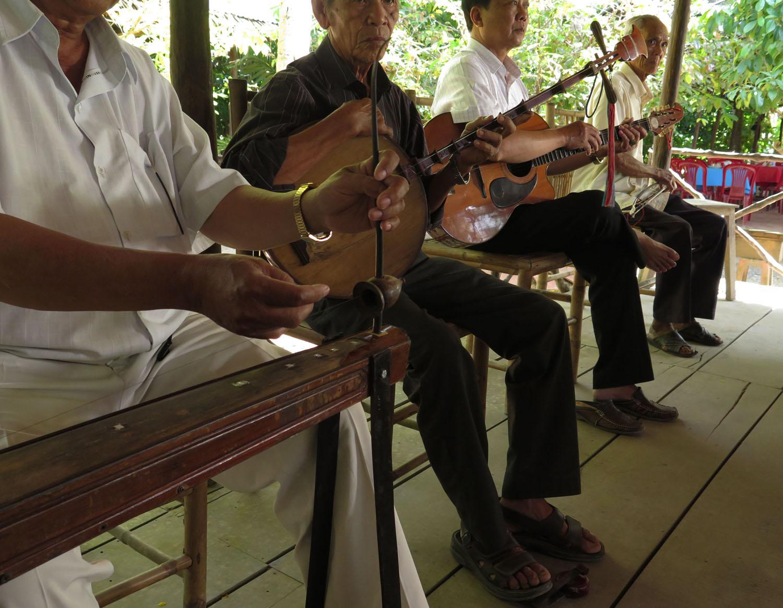 Vietnam-Mekong-Delta-Musicians