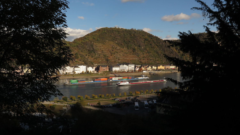 Germany-Rhine-River-Valley-View-Near-Rheinfels-Castle