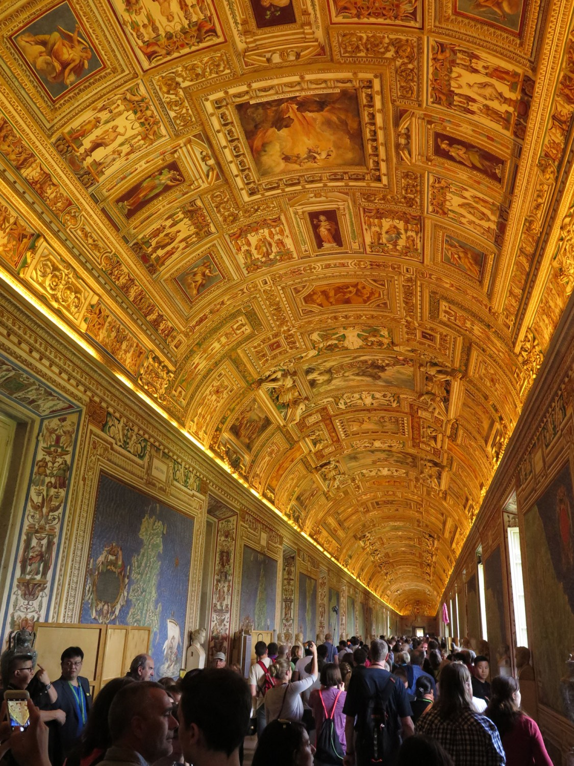 Italy-Rome-Vatican-Museum-Gallery