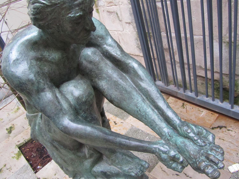 Camino-De-Santiago-Sights-And-Scenery-Burgos-Statue