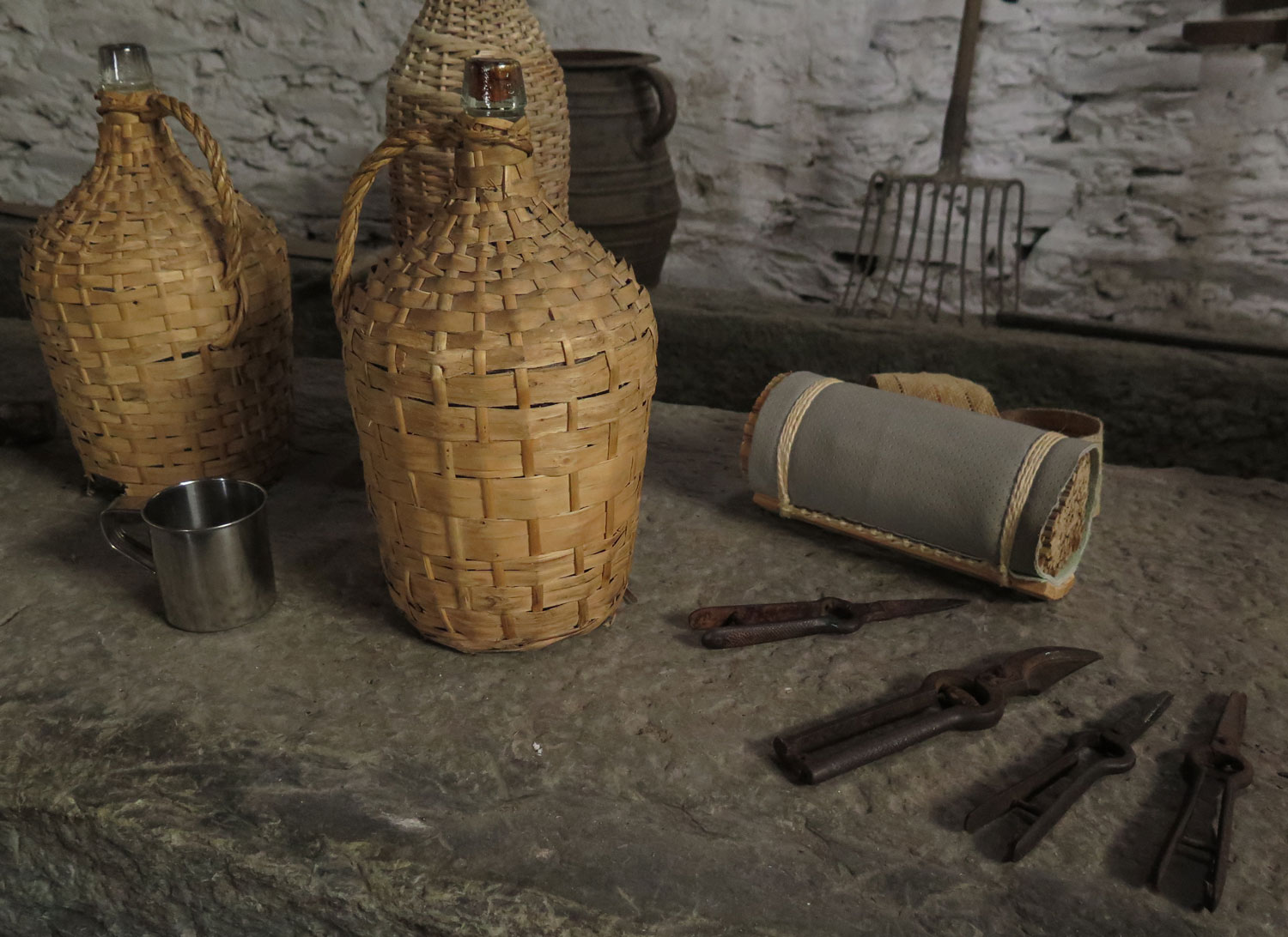 portugal-douro-valley-wine-tour-tools