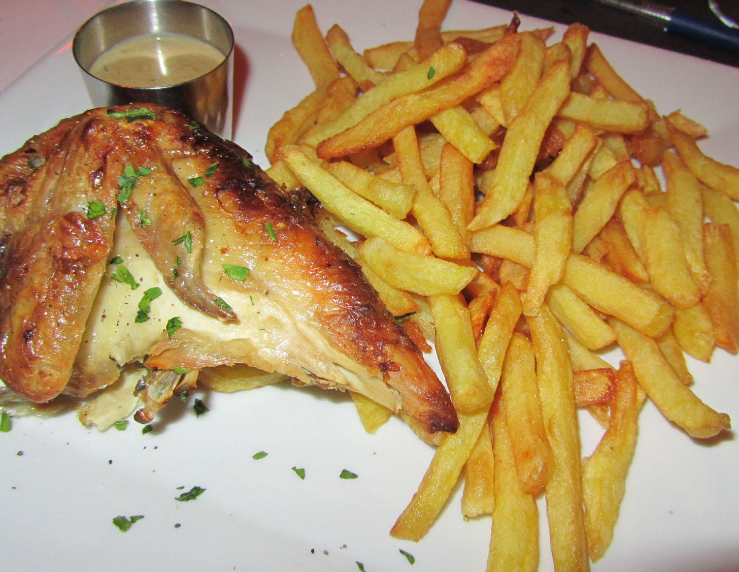 France-Paris-Food-And-Drink-Frites