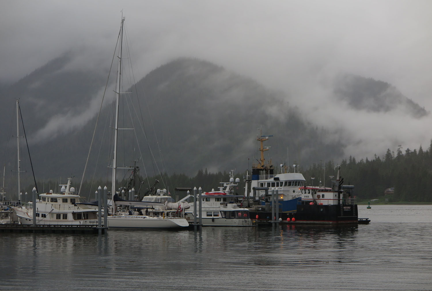 Alaska-Petersburg-Harbor
