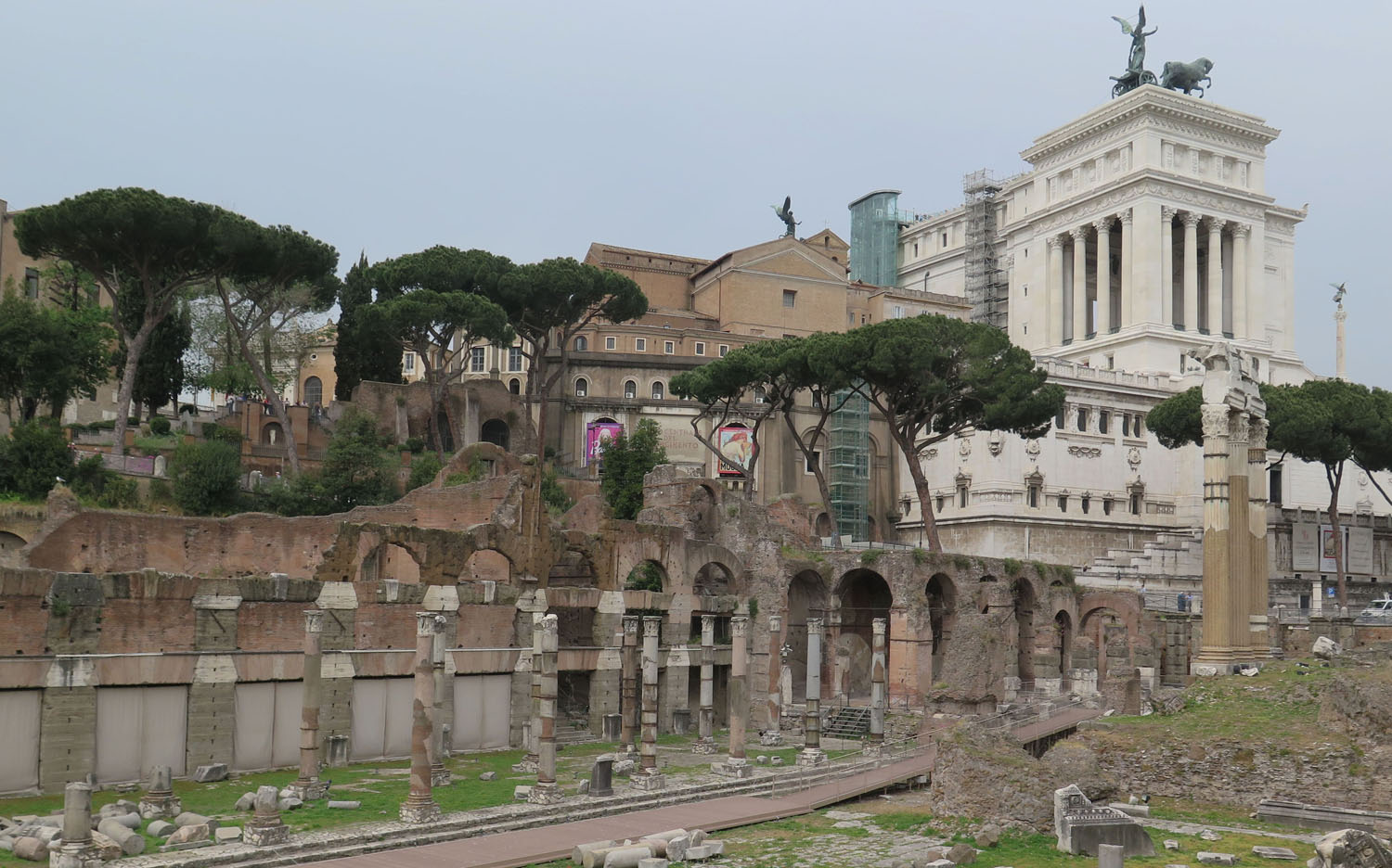 Italy-Rome-Ancient-Ruins