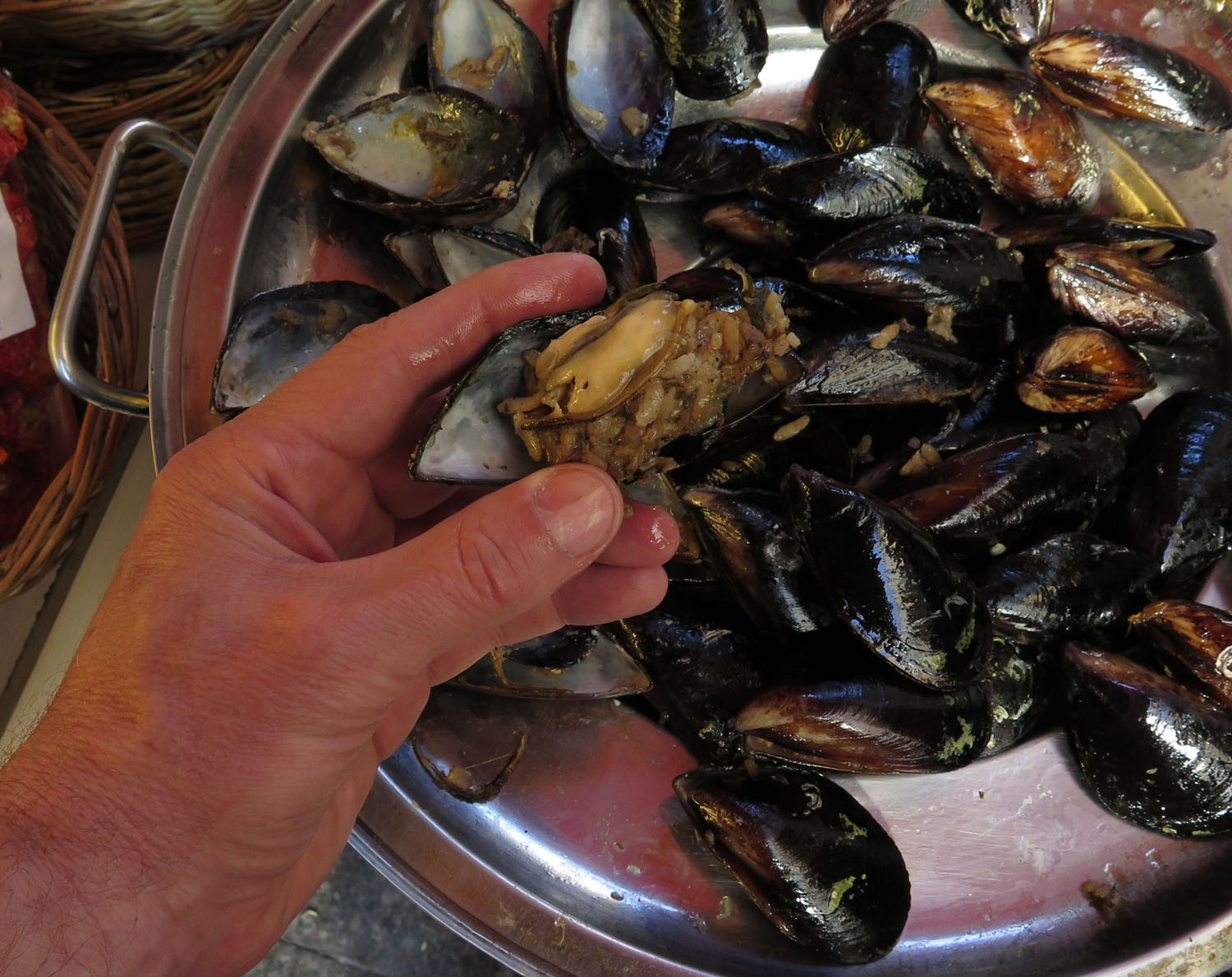 Turkey-Istanbul-Food-And-Drink-Mussels
