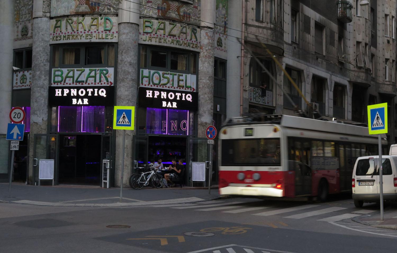 hungary-budapest-street-scenes-hpnotiq