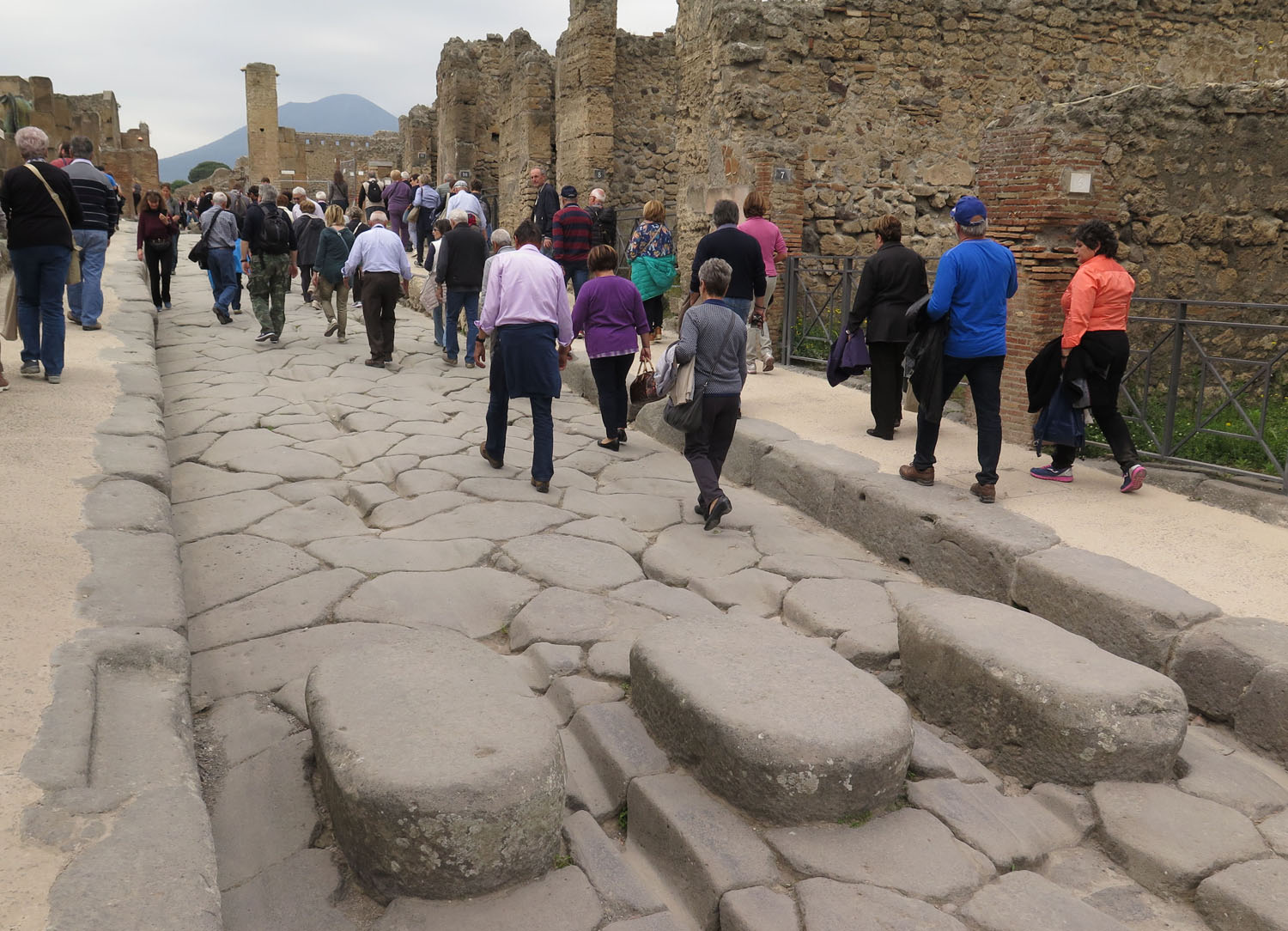 Italy-Pompeii-Stepping-Stones-And-Wheel-Ruts
