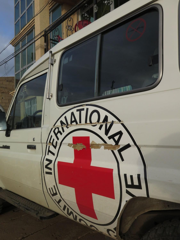 Ethiopia-Harar-Street-Scenes-NGO-Red-Cross