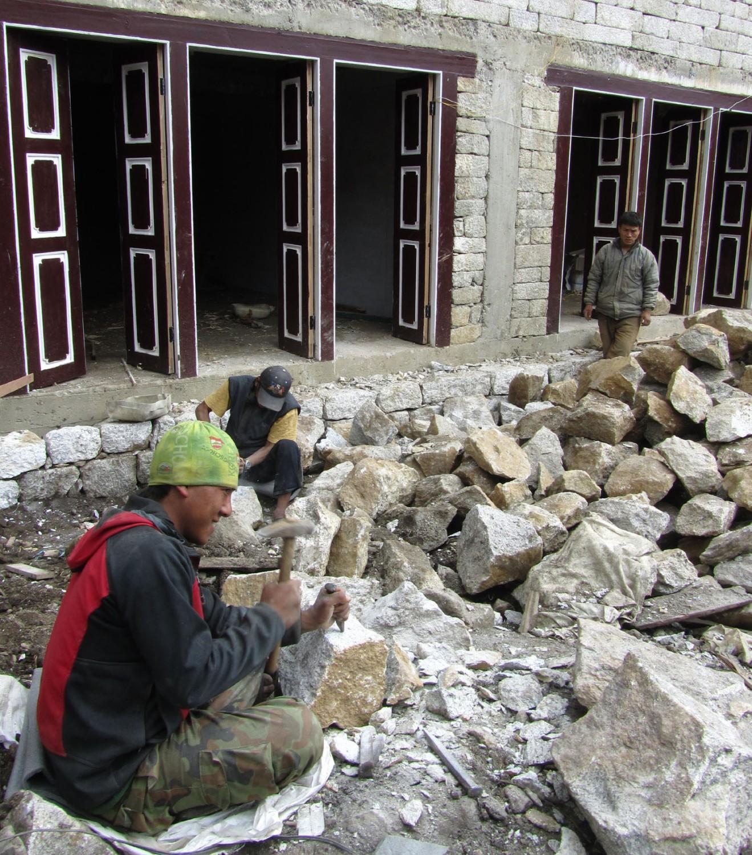 Nepal-Everest-Region-Trek-Day-02-Namche-Masons