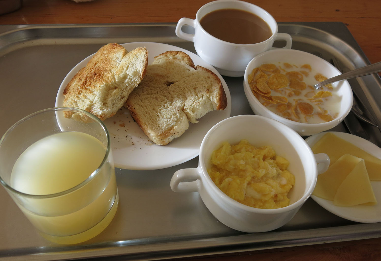 Patagonia-Paine-W-Trek-Day1-Breakfast