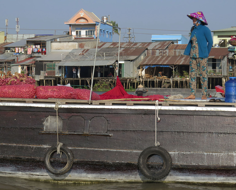 Vietnam-Mekong-Delta-Floating-Market