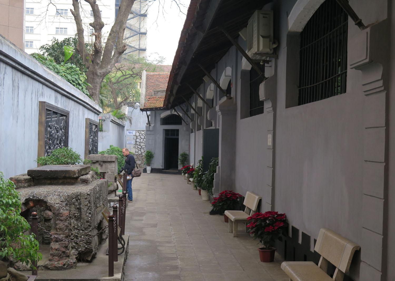 Vietnam-Hanoi-Hoa-Lo-Prison