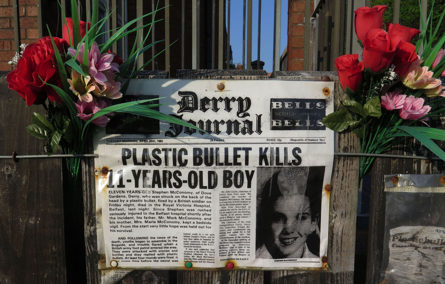Northern-Ireland-Derry-Londonderry-Boy-Killed