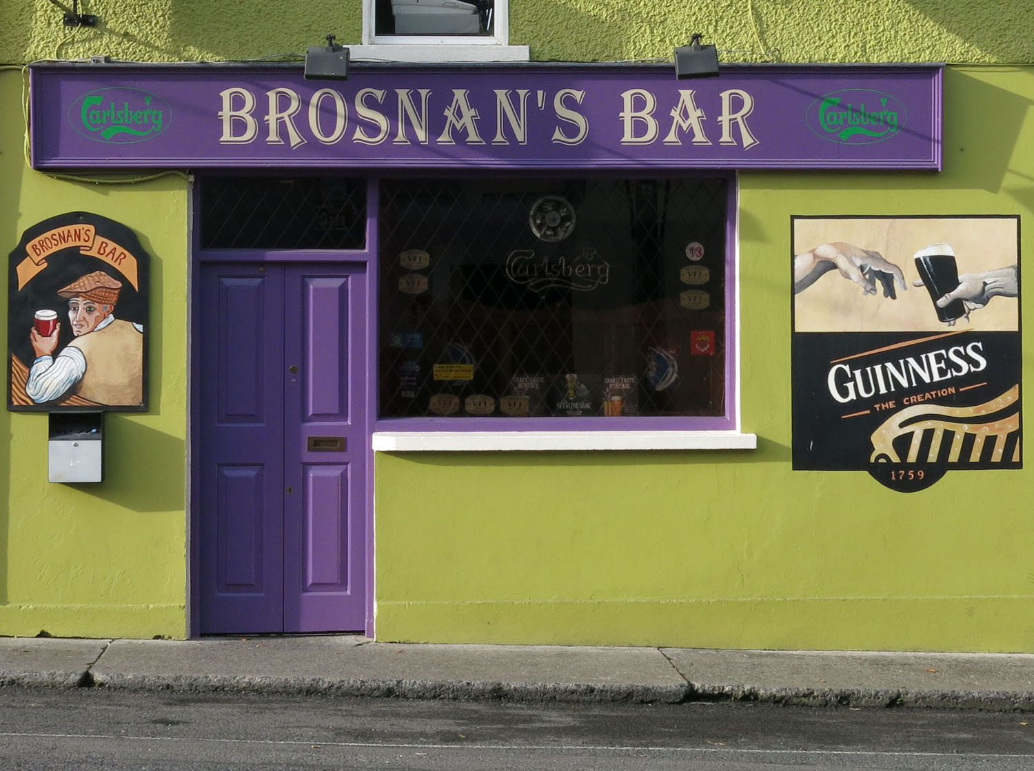 Ireland-Sights-And-Scenery-Pub-Cashel