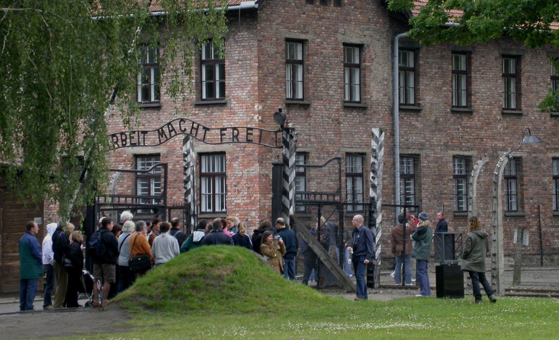Poland-Auschwitz-Arbeit-Macht-Frei-Entrance