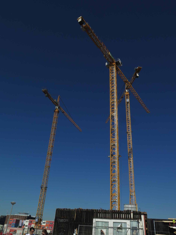Netherlands-Amsterdam-Cranes