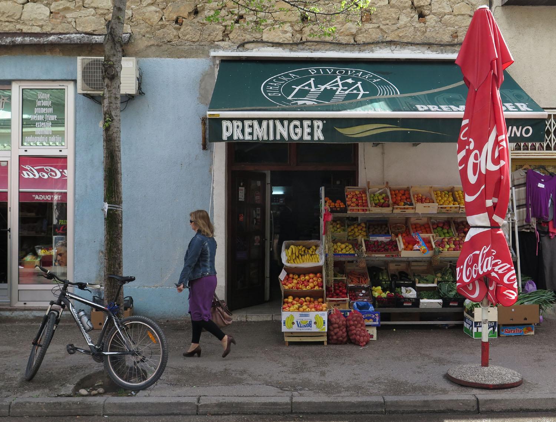 Bosnia-Mostar-Street-Scene