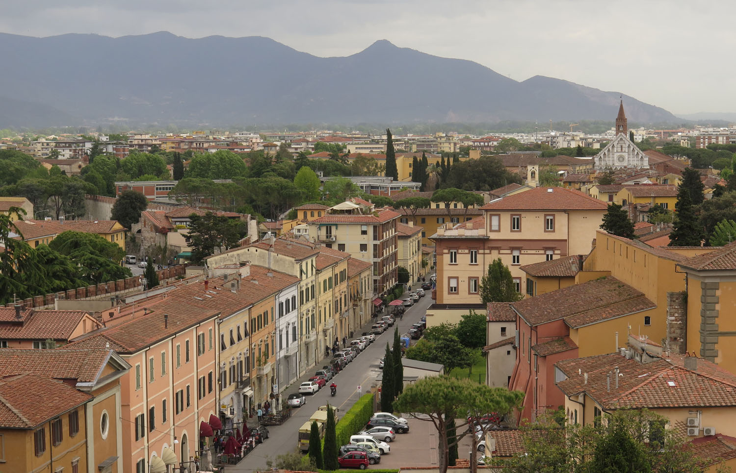 Italy-Pisa-Leaning-Tower-View-From-Top
