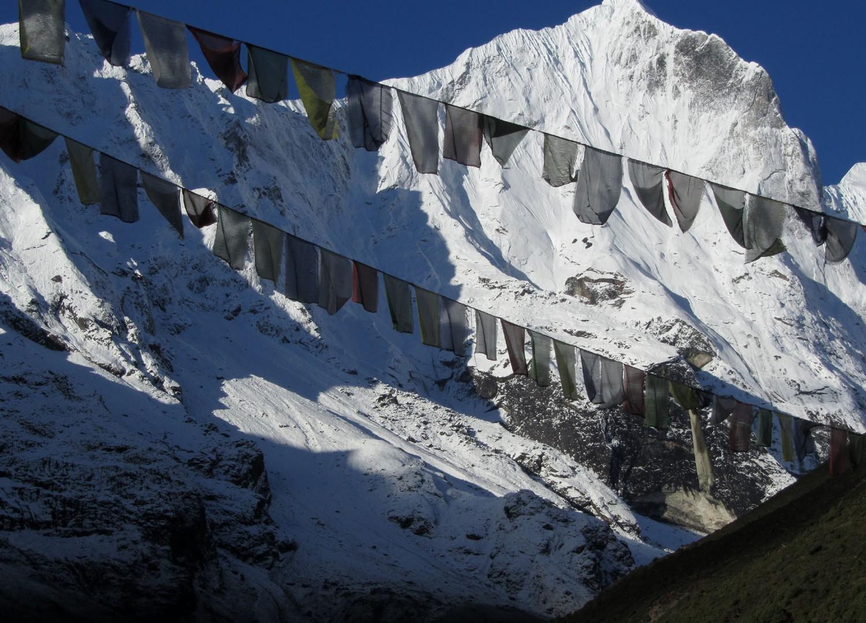 Nepal-Everest-Region-Trek-Day-07-Thame-Prayer-Flags