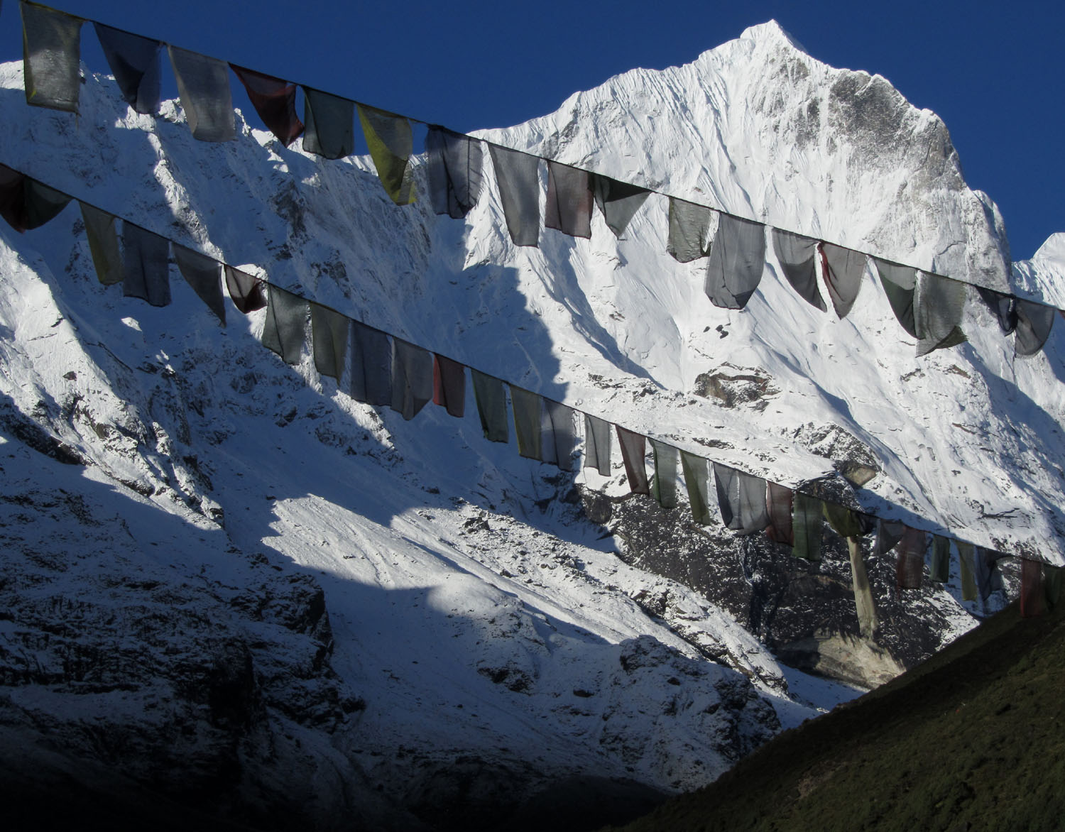 Nepal-Everest-Region-Trek-Day-07-Thame-Prayer-Flags