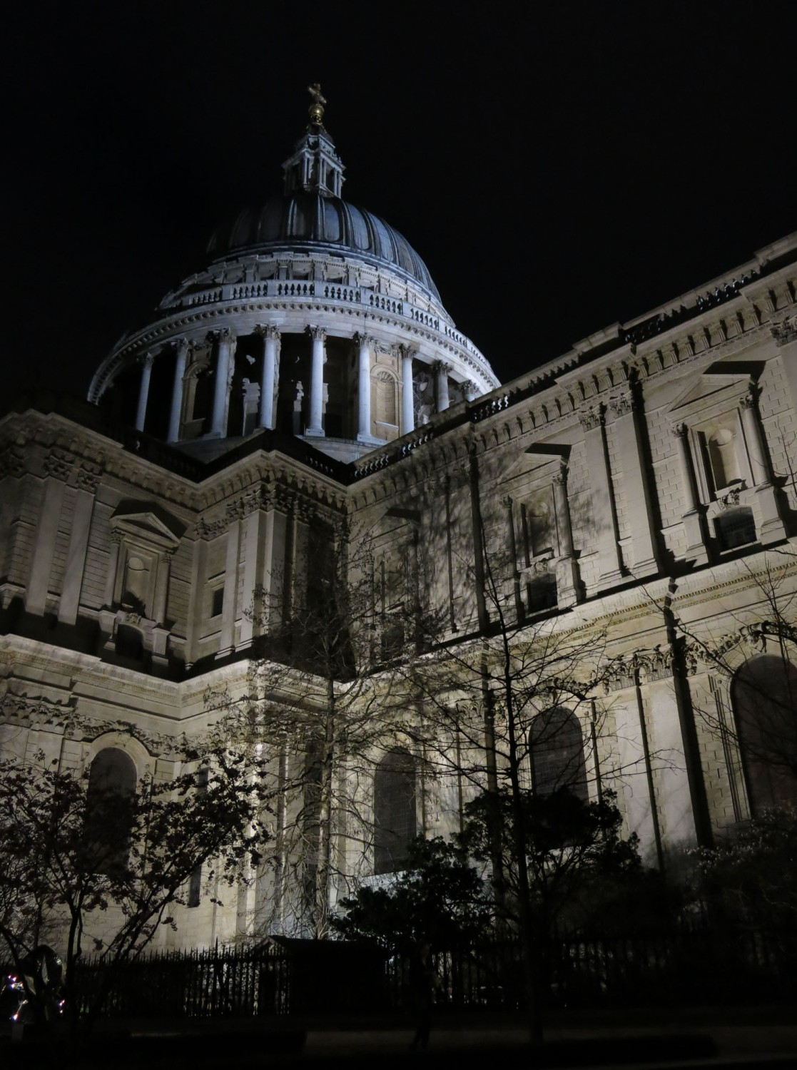 England-London-Saint-Pauls-Night