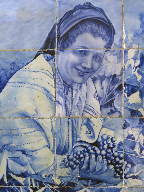 portugal-douro-valley-wine-tour-blue-tiles