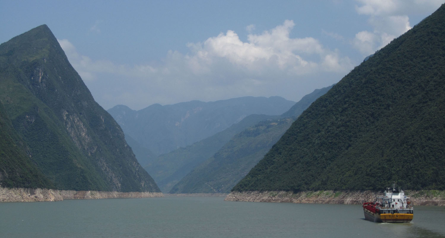 China-Yangtze-River-Sights