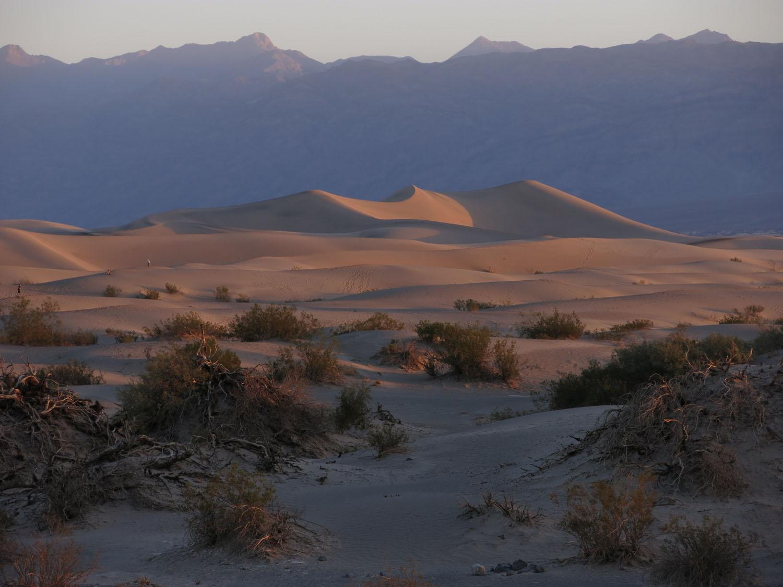 Death-Valley-Mesquite-Dunes-Sunrise
