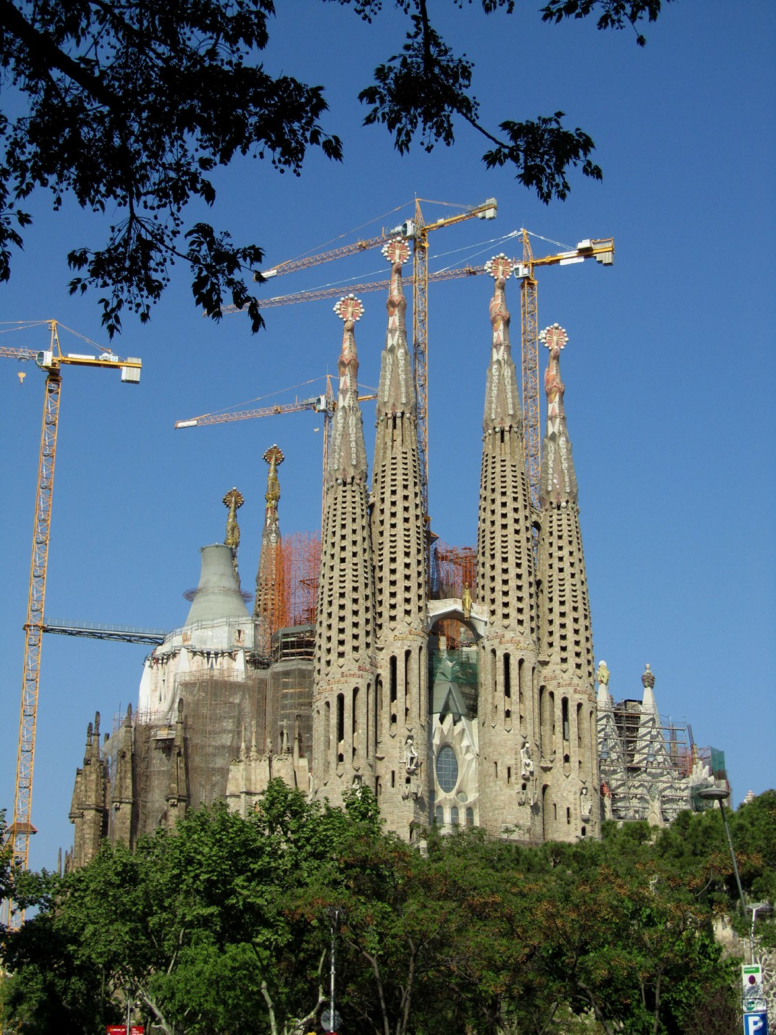 Spain-Barcelona-Gaudi-Sagrada-Familia