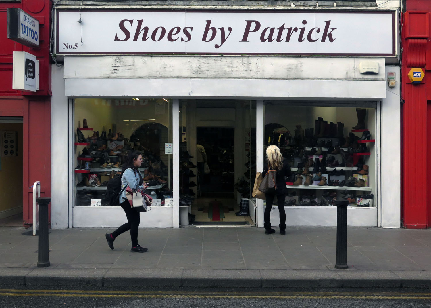 Ireland-Dublin-Street-Scenes-Shoes-By-Patrick