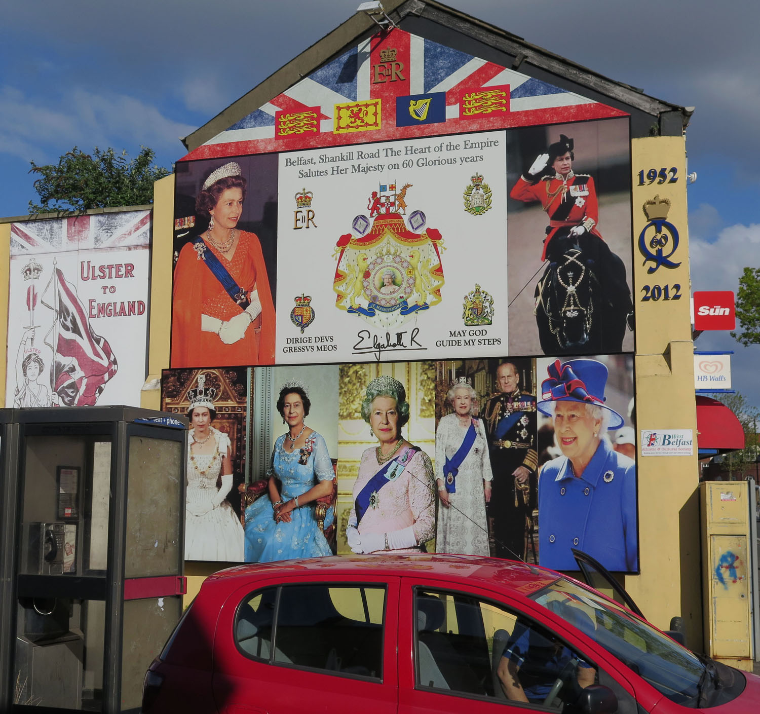 Northern-Ireland-Belfast-The-Troubles-Loyalist-The-Queen