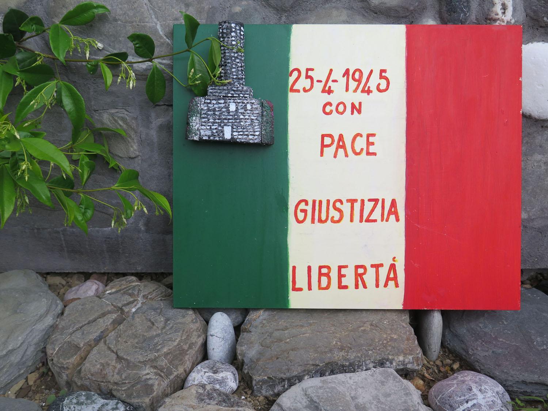 Italy-Cinque-Terre-Street-Scenes-Peace