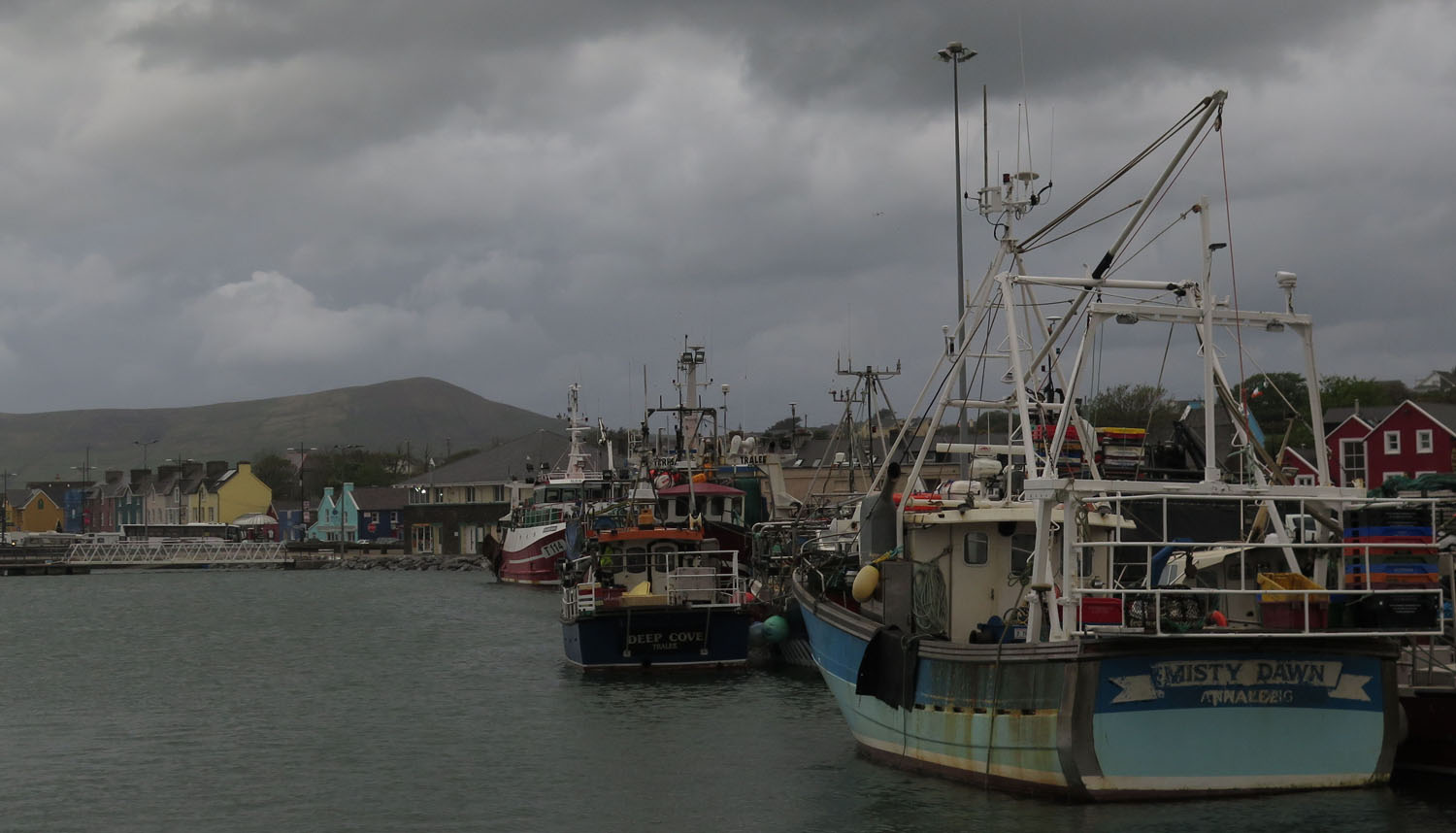 Ireland-Sights-And-Scenery-Dingle-Harbor