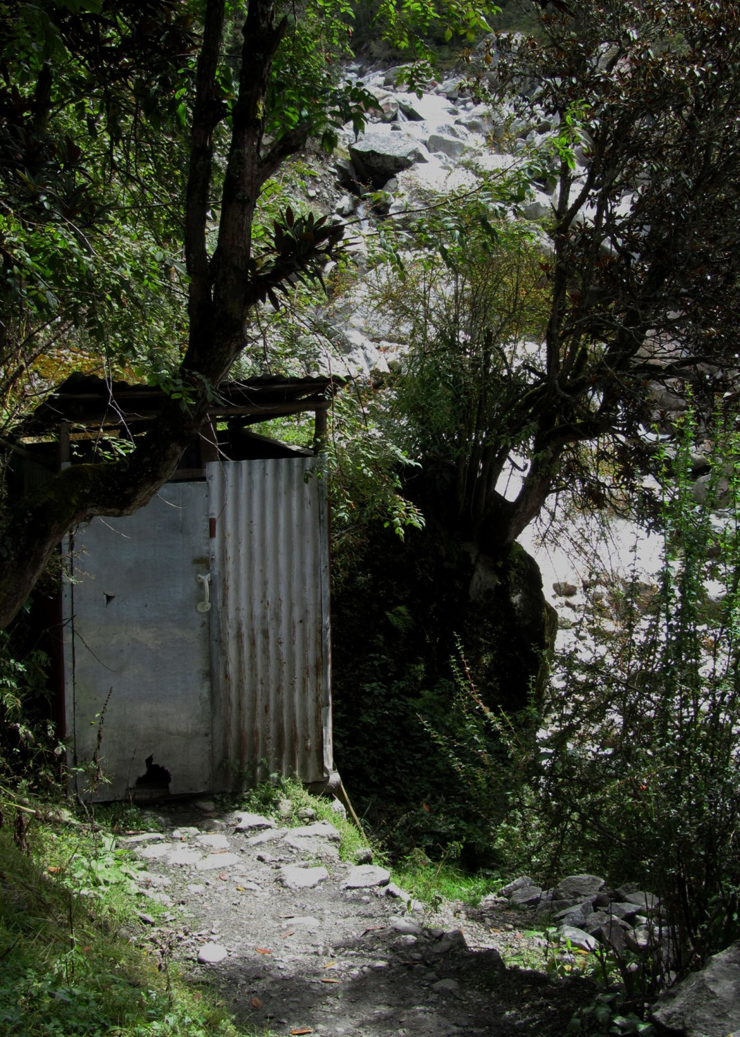 Nepal-Everest-Region-Trek-Day-05-Thamserku-Outhouse
